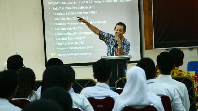 242 Orang PPG SM3T Resmi Jadi Mahasiswa Unnes