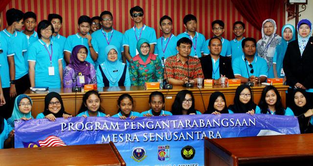 SMK Damansara Utama Malaysia Kunjungi Unnes