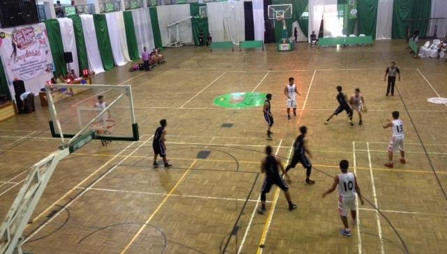 PR III Unnes Buka Pertandingan Basket Piala Rektor