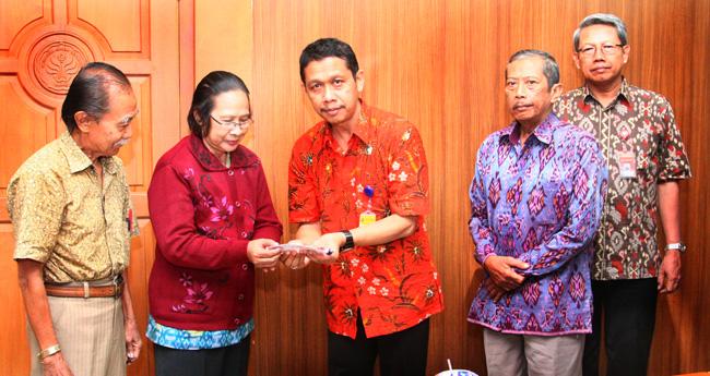 Sukardi MSi dan Pitajeng MPd Pensiun