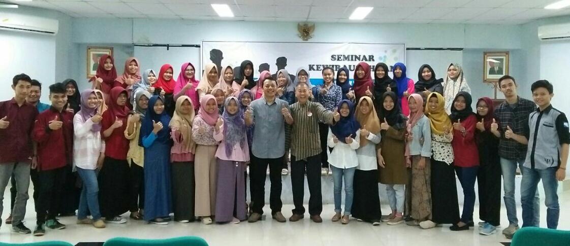 CEO Waroeng Spesial Sambal Indonesia Tumbuhkan Semangat Wirausaha Mahasiswa Psikologi