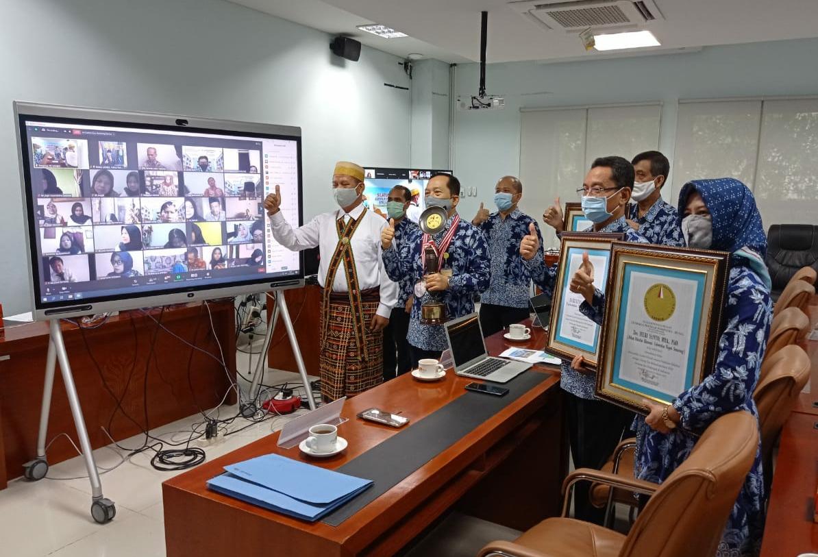 Pecahkan Rekor Silaturahmi Virtual Terbanyak, FE Raih Penghargaan dari LEPRID