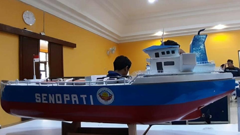 Kapal Senopati – CRC Mesin UNNES Siap Berkompetisi dalam ajang Kontes Kapal Cepat Tak Berawak Nasional 2021