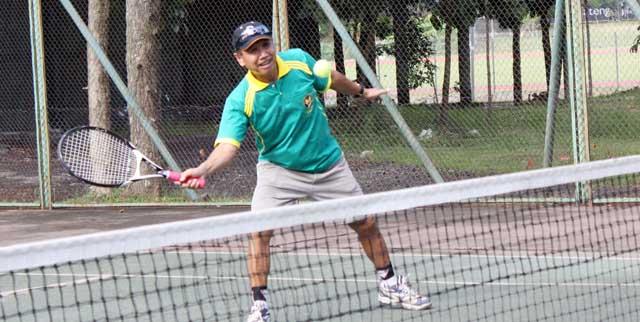 Kompetisi Tenis Antar Sub Unit di Lingkungan Unnes