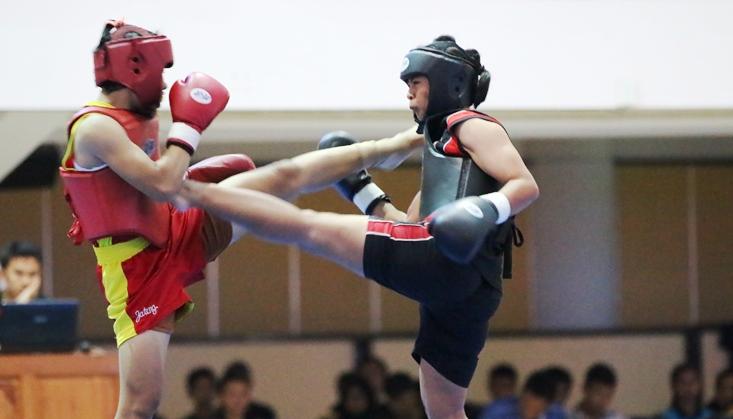 Kejuaraan Wushu Sanda Nasional Terbuka Kukuhkan Atlet Unnes Juara Umum