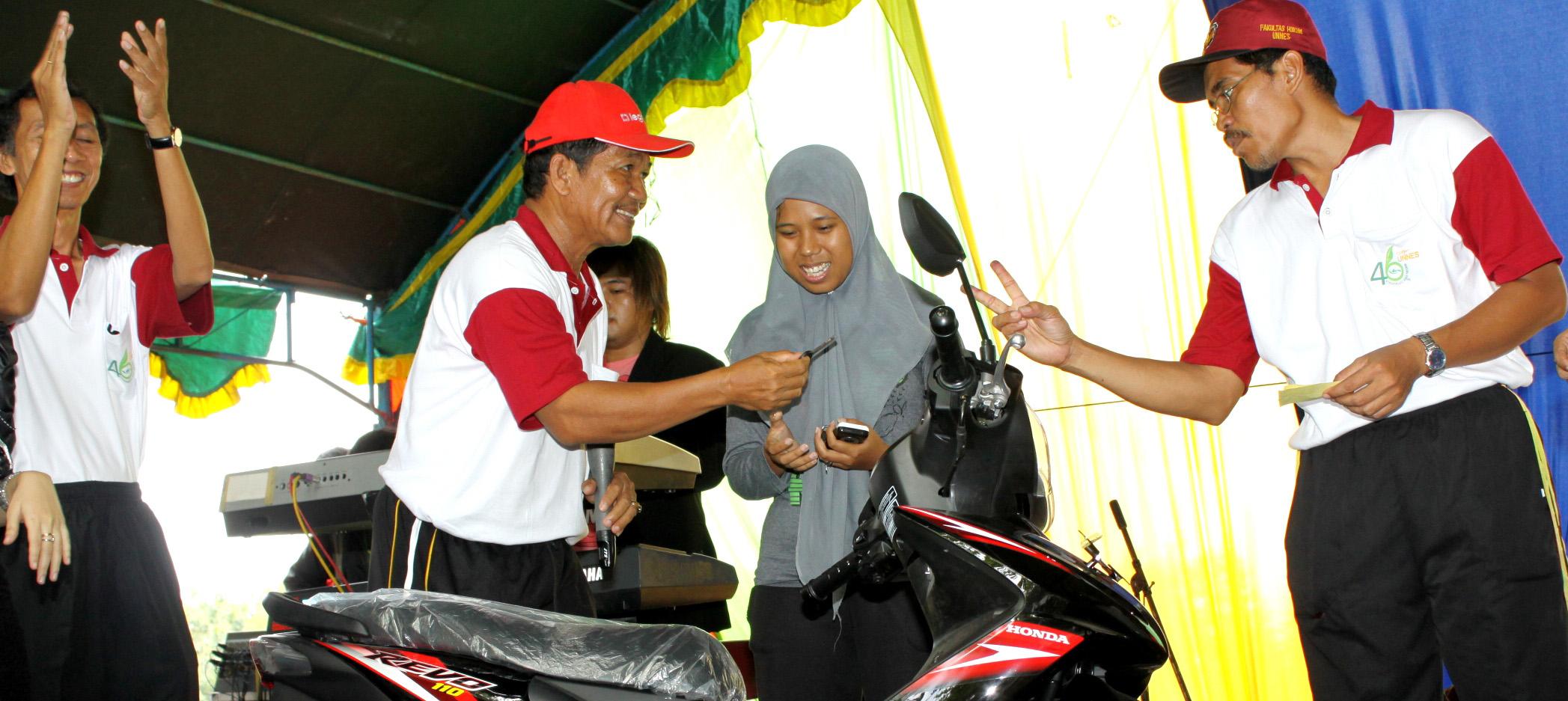 Mahasiswa Bidik Misi Itu Dapat Sepeda Motor