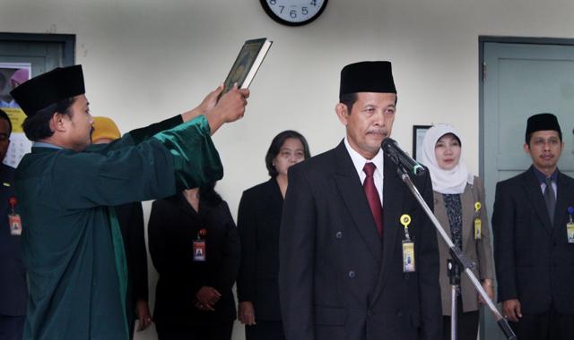 Jadi Direktur PPs, Prof Rustono Ditantang Tingkatkan Akreditasi