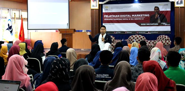 Era Industri 4.0, Pusat Karir Dan Konseling LP3 UNNES Selenggarakan Pelatihan Digital Marketing