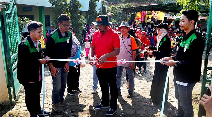 Mahasiswa KKN UNNES Promosikan Potensi Desa Kawengen