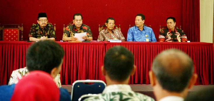 Rektor dan Pembantu Rektor Silaturahmi ke FBS