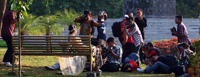 Aji Jawara Lomba Foto Model Clic