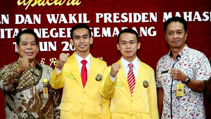 Dilantik, Ahmad Fauzi Resmi Presiden Mahasiswa Unnes 2016