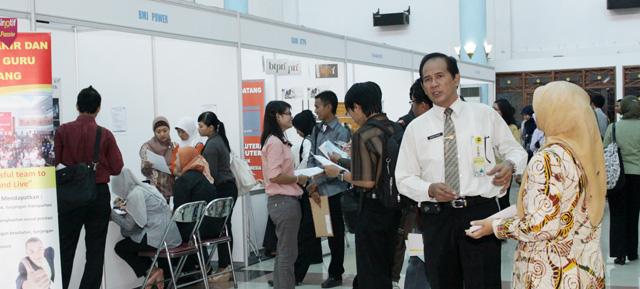 Besok, Unnes Job Fair 2012