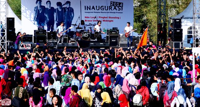 Band Last Child Ramaikan Inagurasi Unnes