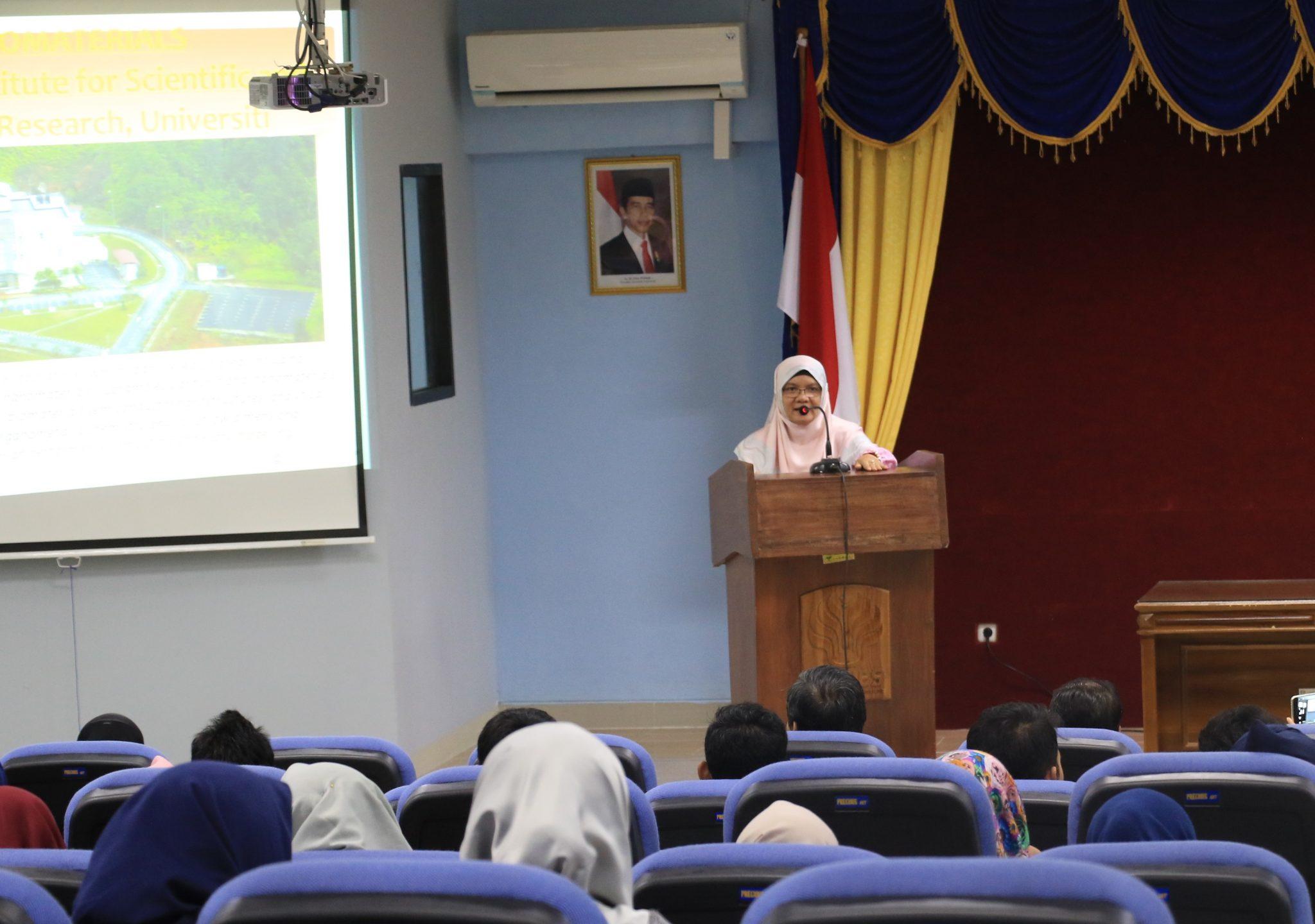 Kedatangan Dosen Tamu dari Malaysia, Jurusan Matematika dan Jurusan Ilmu Komputer UNNES Selenggarakan Kuliah Umum