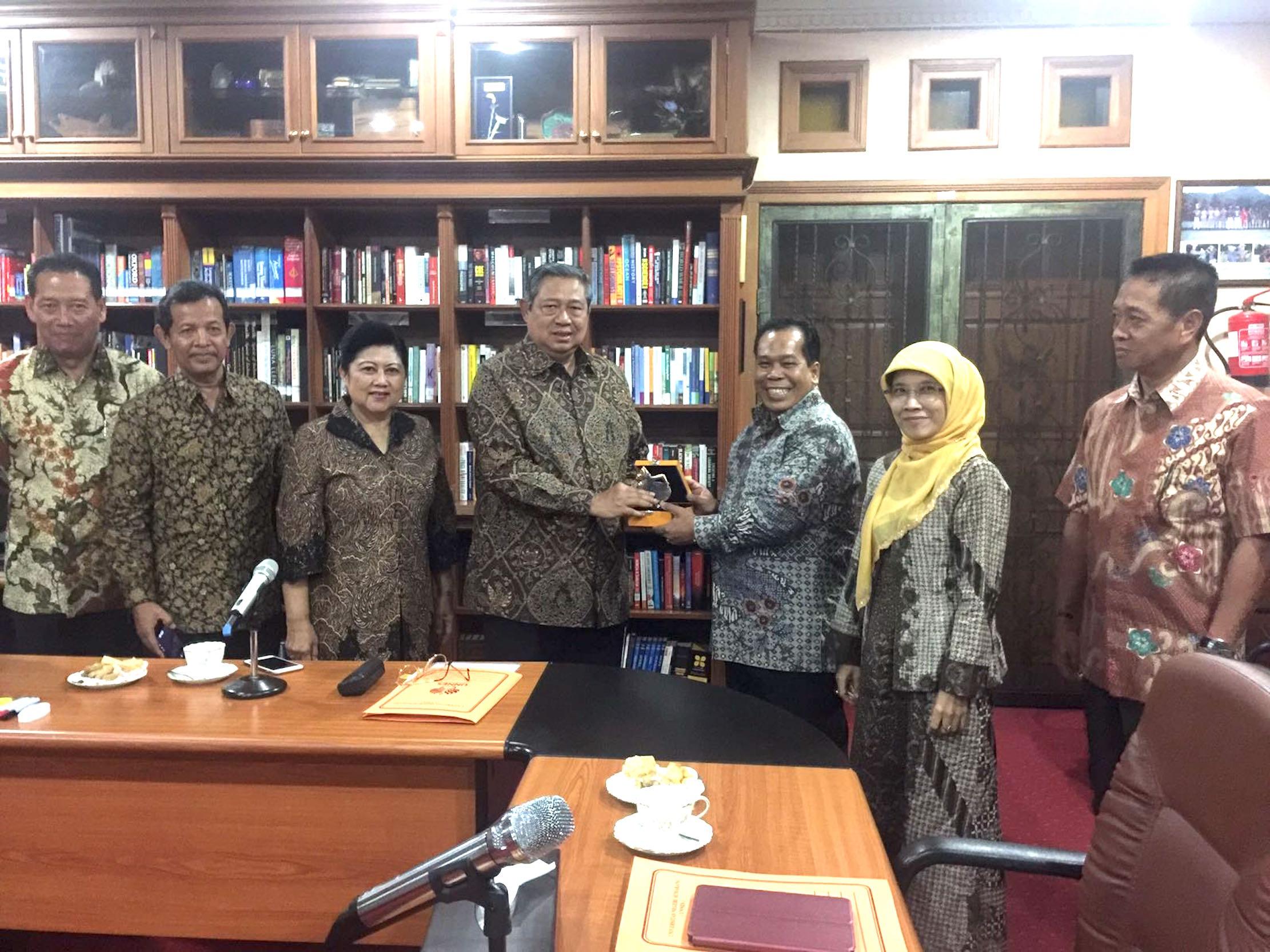 SBY Pastikan Hadir di Upacara Dies Natalis UNNES ke-51