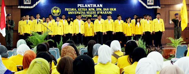 Presiden Mahasiswa Dilantik Rektor