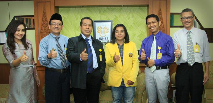 Wakili Indonesia, Delegasi UNNES ke Cina-ASEAN 'Opera Concert'