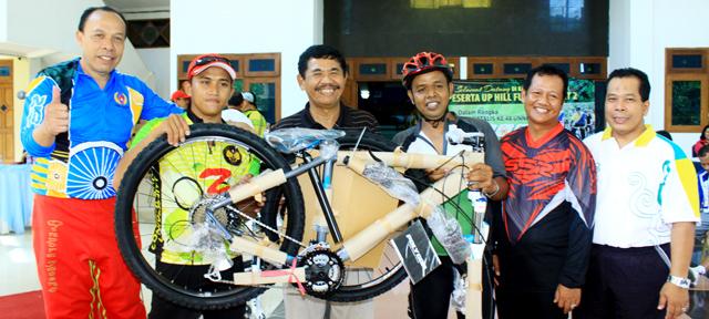 Dua Peserta Fun Bike Peroleh Sepeda