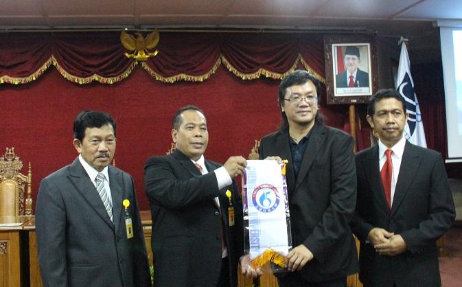 Tandatangani MoU Bersama, UNNES Inisiasi Kerjasama dengan Cheng Shiu University