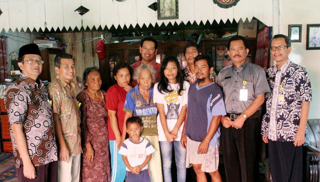 Pimpinan Unnes Anjangsana Mahasiswa Bidikmisi di Grobogan