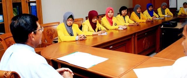 Mahasiswa Bidikmisi Unnes Akan Bertemu Presiden