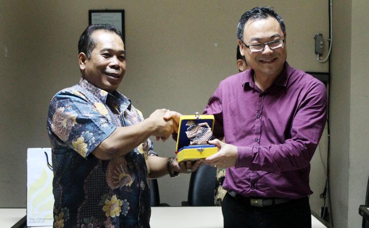 Enam Guru Queensland, Australia Belajar Kebudayaan Indonesia di UNNES