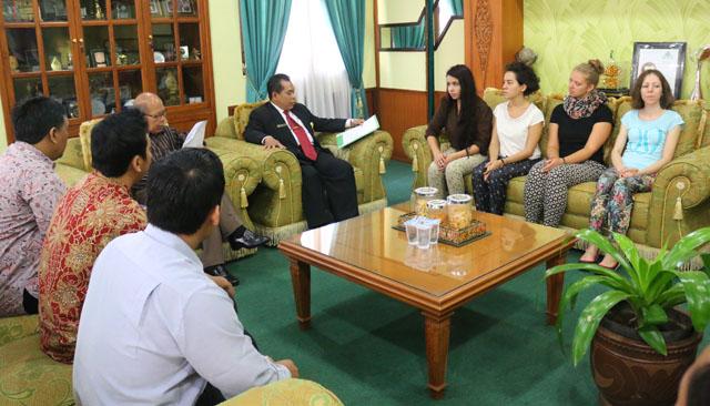 Mahasiswa dari Enam Negara Pelajari Indonesia di Unnes