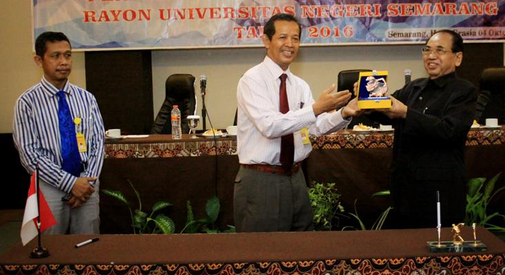 UNNES Kerjasama dengan Universitas Muhammadiyah Purwokerto