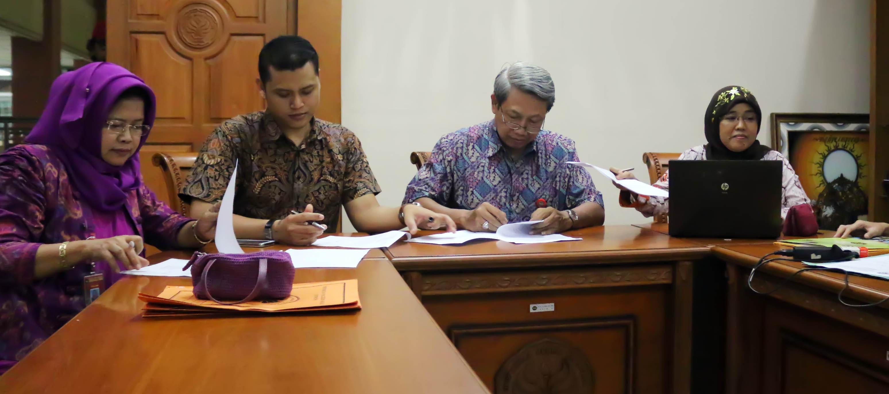 Pendaftaran Ditutup, 8 Dosen Mendaftar sebagai Calon Rektor Unnes 2014-2018