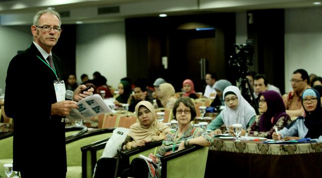 Profesor dari UK dan Australia Bicara di 3rd ELTLT 2014