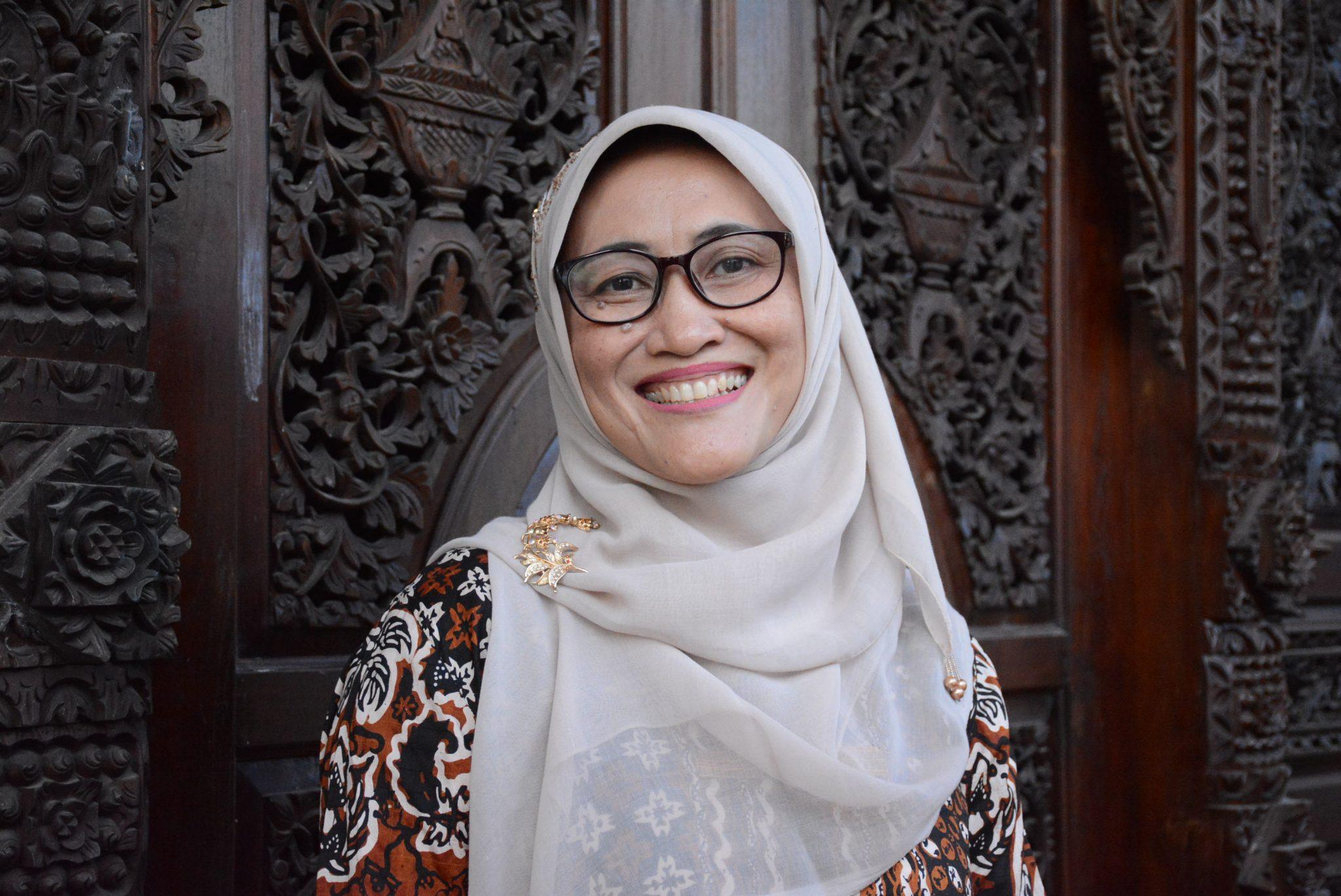 Dikukuhkan sebagai Guru Besar, Ida Zulaeha: Menulis Tingkatkan Literasi Humanis