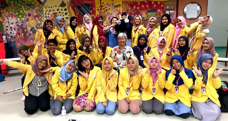Perdalam Keilmuan, 27 Mahasiswa PGPAUD UNNES KKL ke Creative O Pre-school Singapura