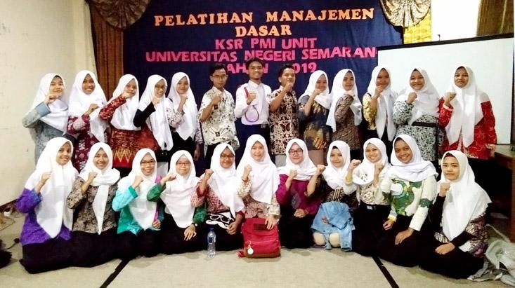 Usai Dilantik, 24 Anggota KSR UNNES Ikuti Pelatihan Manajemen Dasar