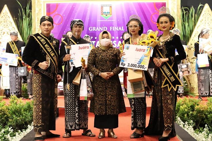 Mahasiswa Jurusan Bahasa dan Sastra Jawa FBS UNNES Juara 1 Duta Wisata Kabupaten Semarang