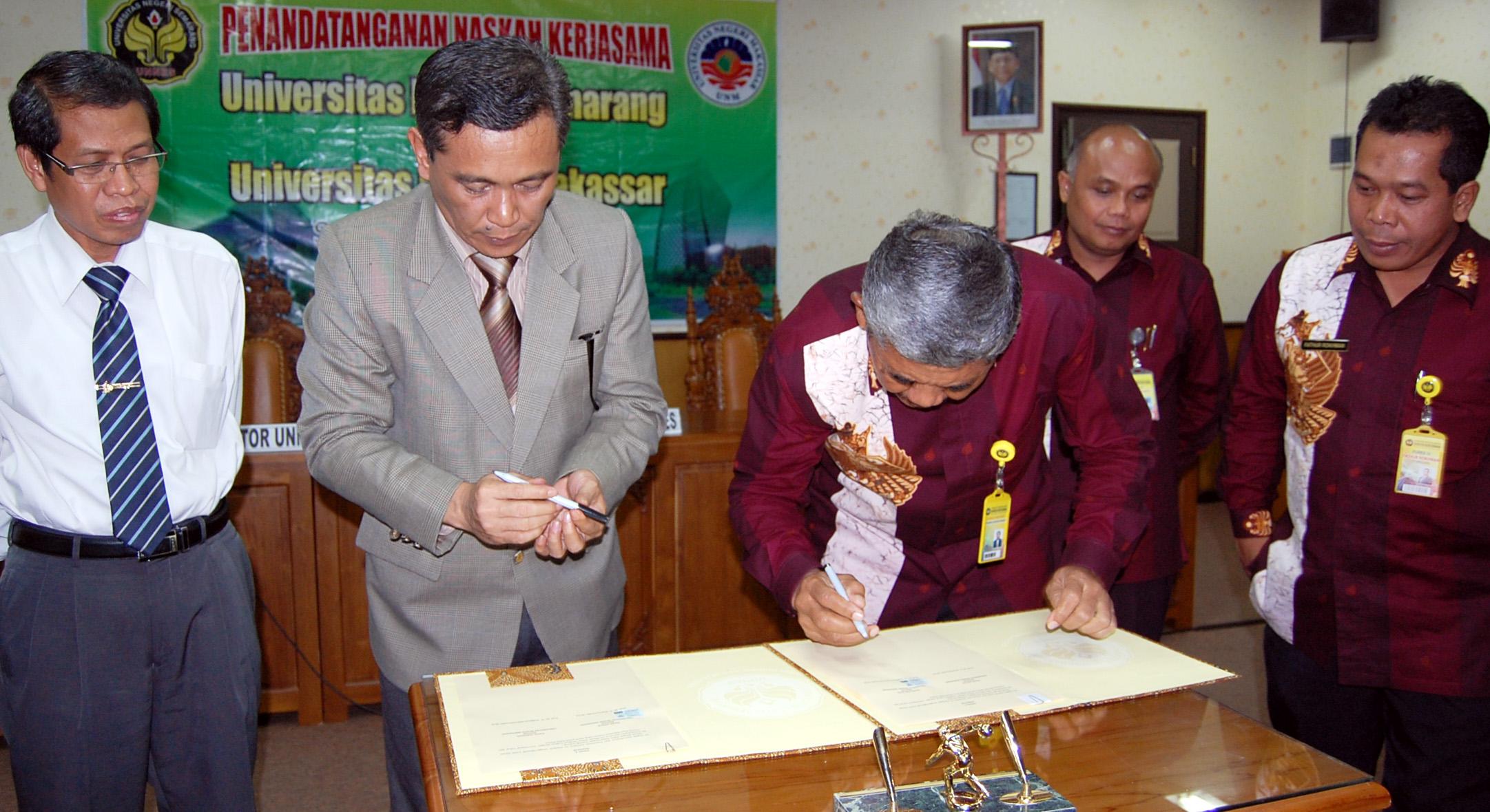 Universitas Negeri Makassar Belajar Statuta ke Unnes