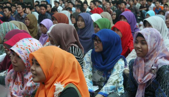 Mahasiswa Bidikmisi Dilatih Menulis PKM