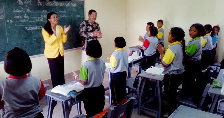 Pimpinan UNNES Monev PPL Antarbangsa di Thailand