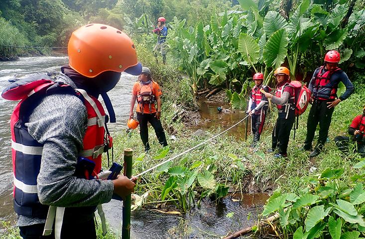 Mahapala UNNES Berhasil Petakan Jeram Di Sungai Comal Pemalang