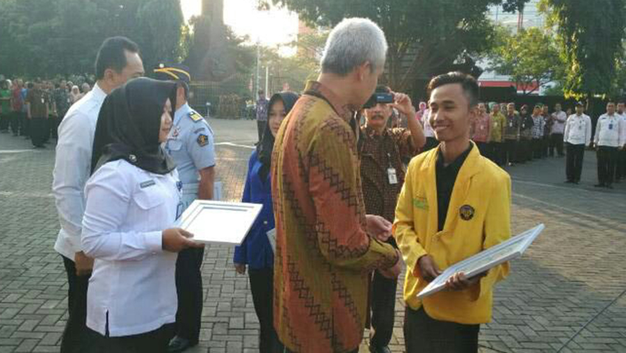 UKM Gerhana UNNES Terima Penghargaan dari Gubernur Jateng