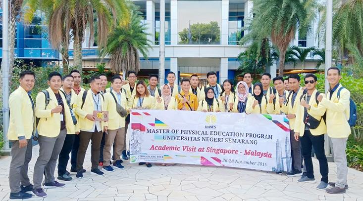 26 Mahasiswa POR Pascasarjana UNNES KKL di Singapura dan Malaysia