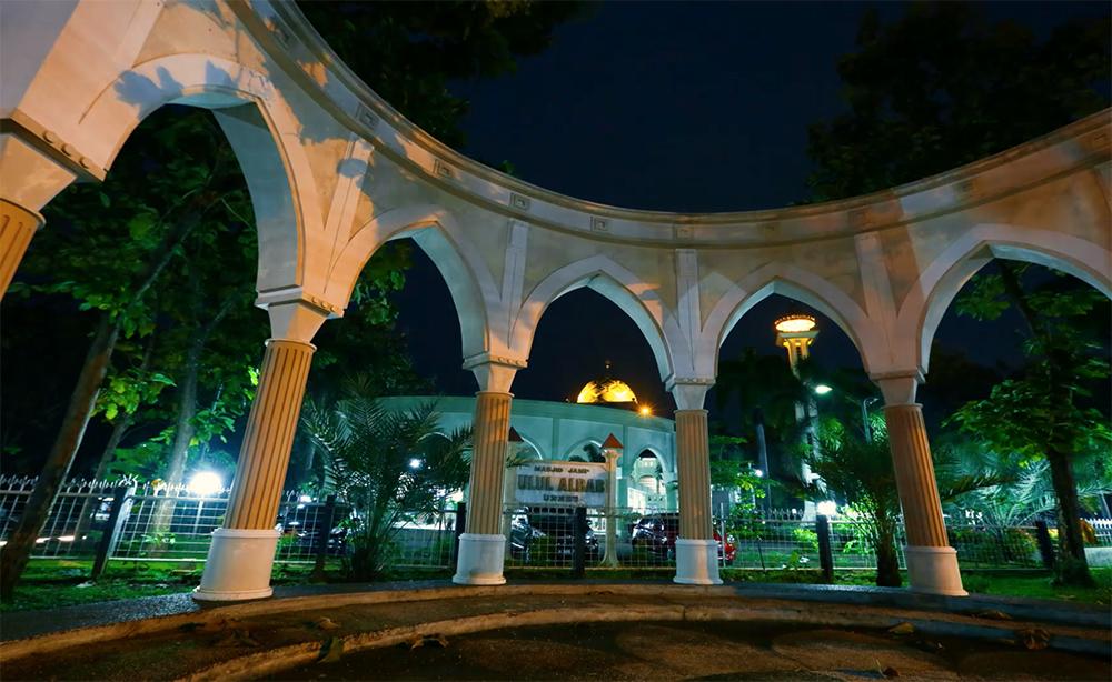 Jumat Tarawih Perdana di Masjid Ulul Albab UNNES