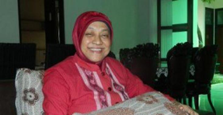 Sri Hapsarining Rochyani Istri Rektor ke-6 UNNES Berpulang