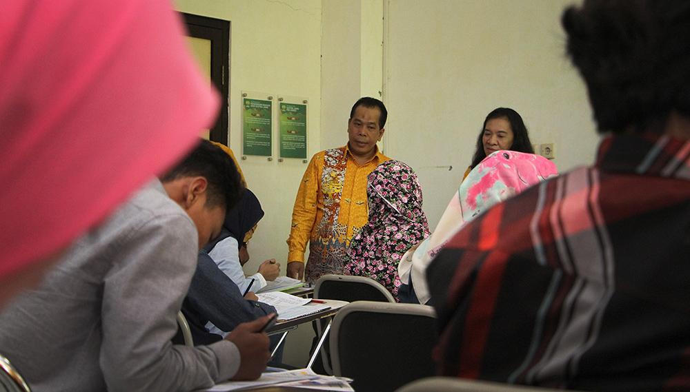 Rektor UNNES Pastikan Tes Seleksi Mandiri Lancar