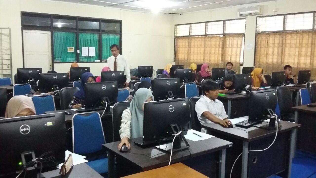 Pertama di UNNES, FMIPA Selenggarakan Tes Komprehensif Online
