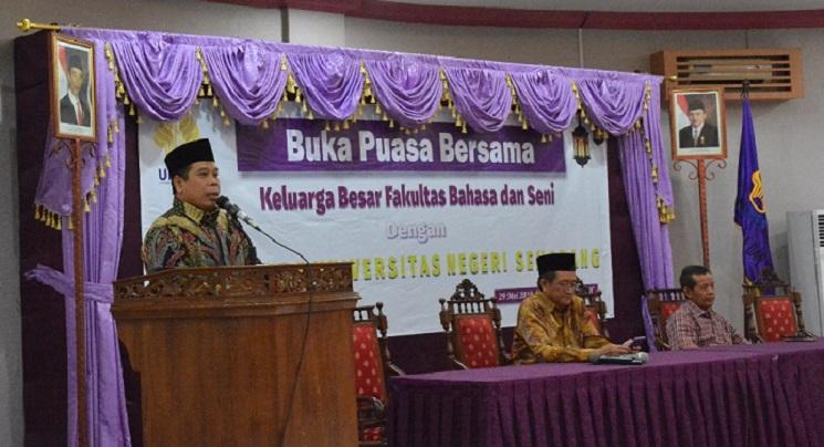 Beri Tausiah di FBS, Rektor : Mari Belajar Keikhlasan dari Imam Al-Ghazali