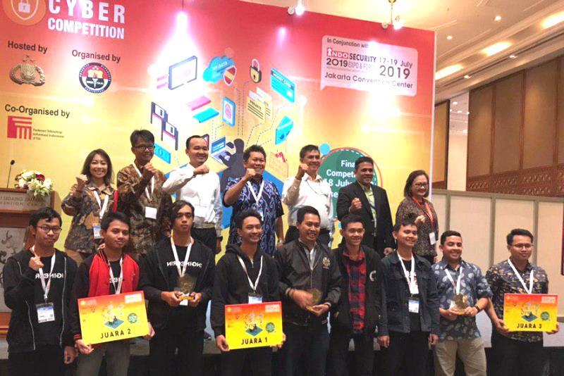 Imam Udin Mahasiswa FMIPA Juara 1 Cyber Competition
