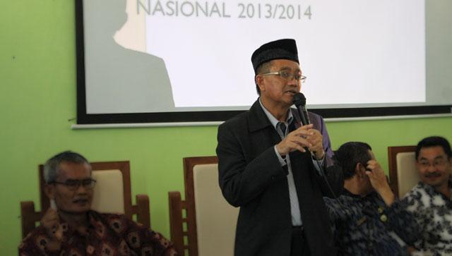 Prof Agus Nuryatin Jadi Teman Curhat Para Guru