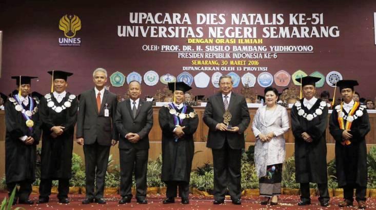Melalui Facebook, SBY Ajak Berbagi Ilmu di Unnes