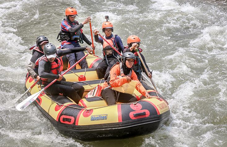 MAHAPALA UNNES Petakan Jeram di Sungai Klawing Purbalingga